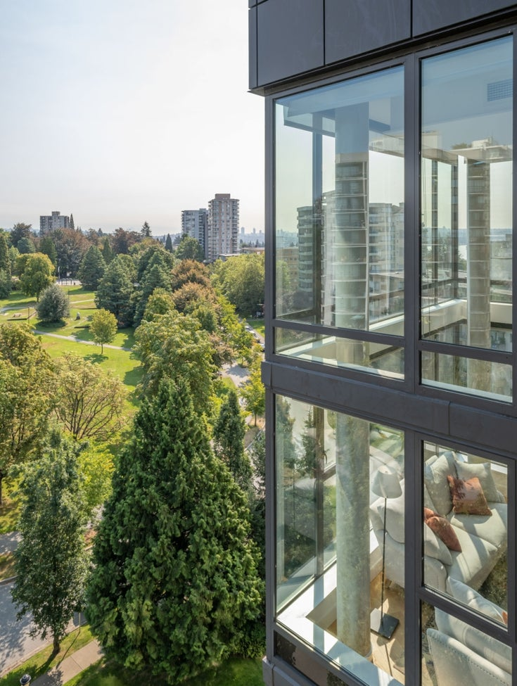 PH1 683 W VICTORIA PARK - Lower Lonsdale Apartment/Condo for sale, 3 Bedrooms (R2527550)