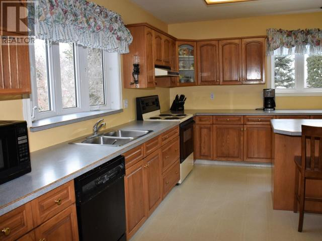 4535 HWY 97 - Oliver House for sale, 4 Bedrooms (175993) #11