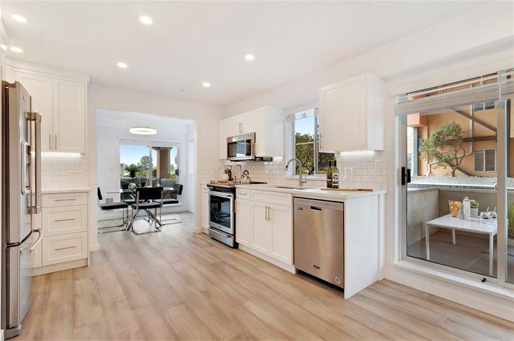 111 6 RENAISSANCE SQUARE - Quay Apartment/Condo for sale, 1 Bedroom (R2502495)