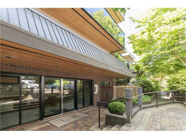 113 2416 W 3rd Avenue - Kitsilano Apartment/Condo for sale, 1 Bedroom (V1123793)