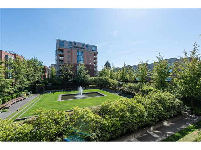 302 518 W 14th Avenue - Fairview VW Apartment/Condo for sale, 2 Bedrooms (V1123513)
