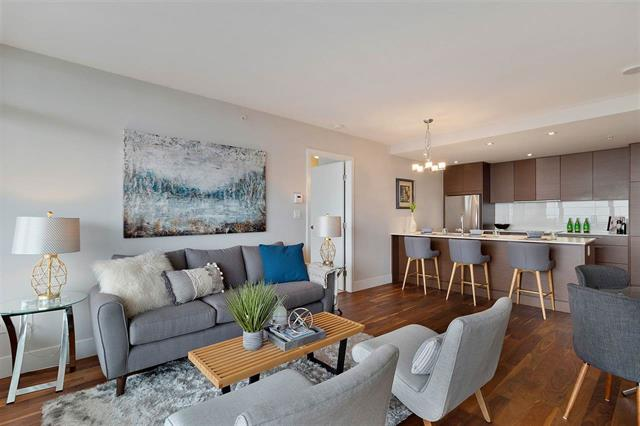 604 111 E 13TH STREET - Central Lonsdale Apartment/Condo for sale, 2 Bedrooms (R2409367)