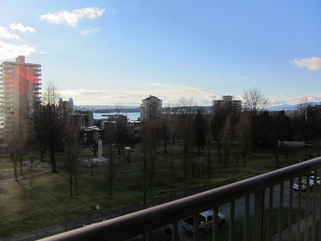 # 402 140 E KEITH RD - Central Lonsdale Apartment/Condo for sale, 2 Bedrooms (V983393) #3