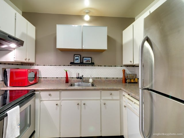 # 54 1825 PURCELL WY - Lynnmour Apartment/Condo for sale, 1 Bedroom (V987503) #1