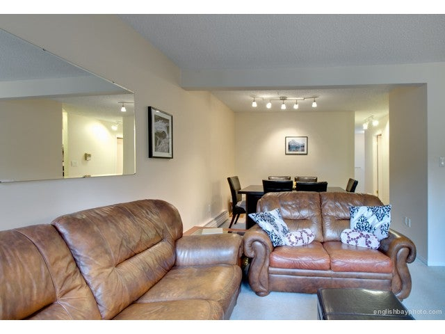 # 54 1825 PURCELL WY - Lynnmour Apartment/Condo for sale, 1 Bedroom (V987503) #3