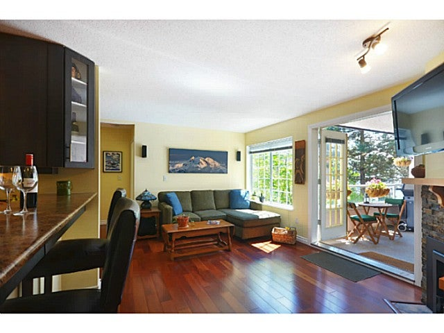 # 201 125 W 18TH ST - Central Lonsdale Apartment/Condo for sale, 2 Bedrooms (V1007882) #1