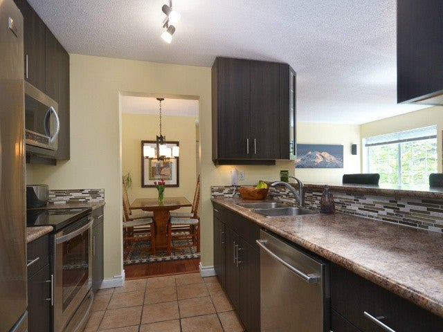 # 201 125 W 18TH ST - Central Lonsdale Apartment/Condo for sale, 2 Bedrooms (V1053080) #2