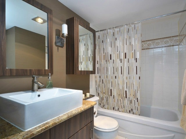 # 201 125 W 18TH ST - Central Lonsdale Apartment/Condo for sale, 2 Bedrooms (V1053080) #8