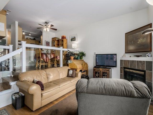 # 104 510 CHESTERFIELD AV - Lower Lonsdale Townhouse for sale, 2 Bedrooms (V1135515) #2