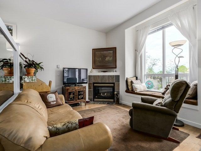 # 104 510 CHESTERFIELD AV - Lower Lonsdale Townhouse for sale, 2 Bedrooms (V1135515) #3
