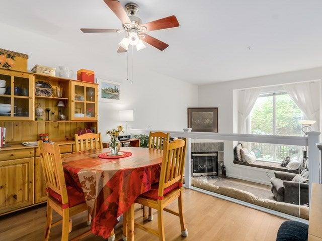 # 104 510 CHESTERFIELD AV - Lower Lonsdale Townhouse for sale, 2 Bedrooms (V1135515) #4