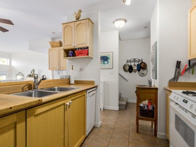 # 104 510 CHESTERFIELD AV - Lower Lonsdale Townhouse for sale, 2 Bedrooms (V1135515) #6
