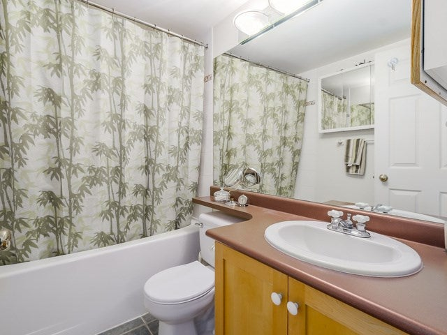 # 104 510 CHESTERFIELD AV - Lower Lonsdale Townhouse for sale, 2 Bedrooms (V1135515) #9
