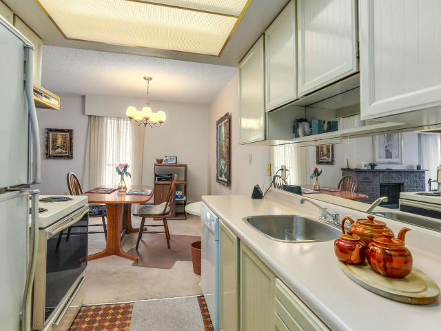 306 1515 CHESTERFIELD AVENUE - Central Lonsdale Apartment/Condo for sale, 2 Bedrooms (R2122957) #2