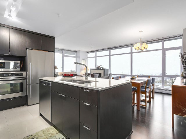 603 1320 CHESTERFIELD AVENUE - Central Lonsdale Apartment/Condo for sale, 2 Bedrooms (R2138815) #1