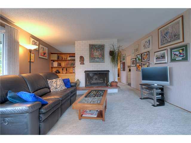 534 ELLIS ST - Windsor Park NV HOUSE for sale, 4 Bedrooms (V914338) #5