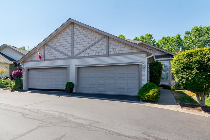 # 137 9012 WALNUT GROVE DR - Walnut Grove Townhouse for sale, 2 Bedrooms (F1446325)