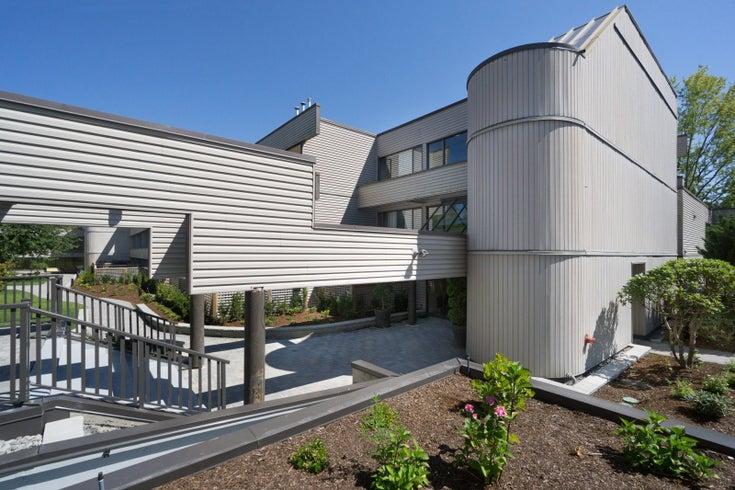 303 15313 19 AVENUE - King George Corridor Apartment/Condo for sale, 2 Bedrooms (R2189730)