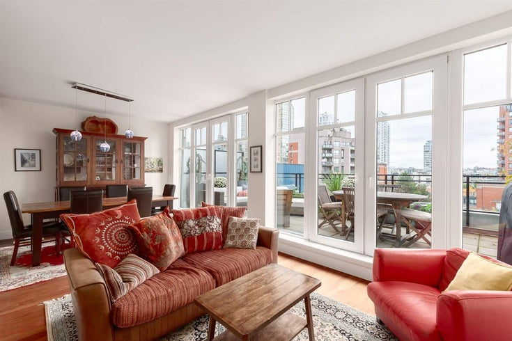 502 1275 HAMILTON STREET - Yaletown Apartment/Condo for sale, 2 Bedrooms (R2510558)