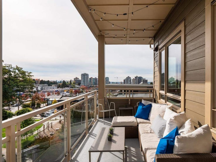 520 119 W 22ND STREET - Central Lonsdale Apartment/Condo for sale, 2 Bedrooms (R2312762)