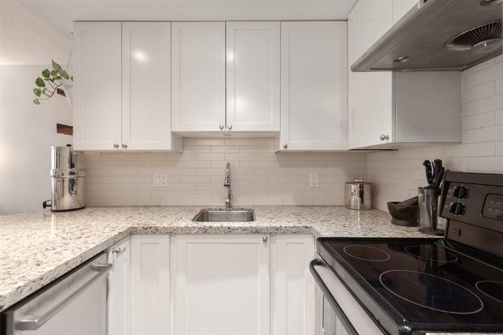 705 811 HELMCKEN STREET - Downtown VW Apartment/Condo for sale, 1 Bedroom (R2408151)