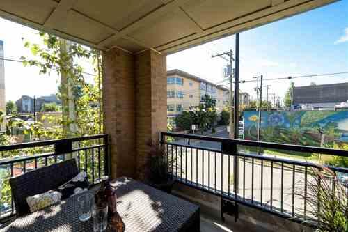 201 205 10TH AVENUE - Mount Pleasant VE Apartment/Condo for sale, 2 Bedrooms (R2189320)