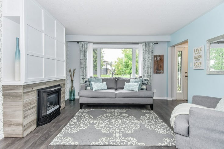 832 Shannon Drive - Cambridge Single Family for sale, 3 Bedrooms (BAILEY30782278)