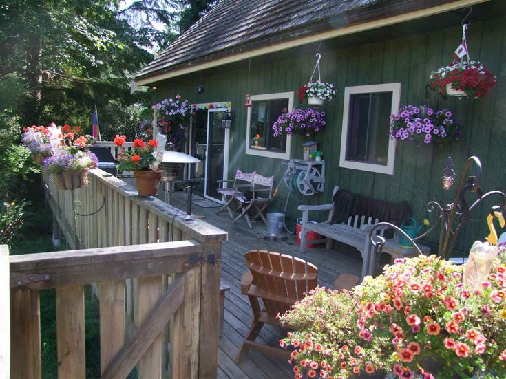 26B SEA RANCH - Gambier Island House with Acreage for sale, 2 Bedrooms (R2289669)