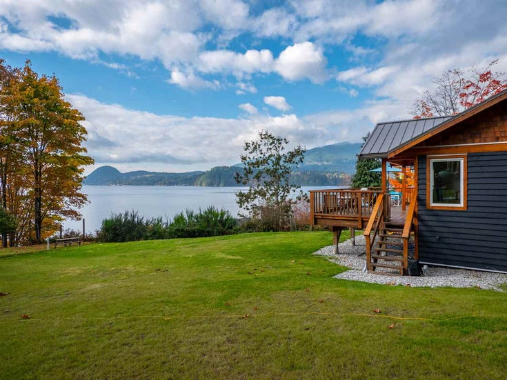2431 AUSTIN ROAD - Gambier Island House/Single Family for sale, 2 Bedrooms (R2314861)