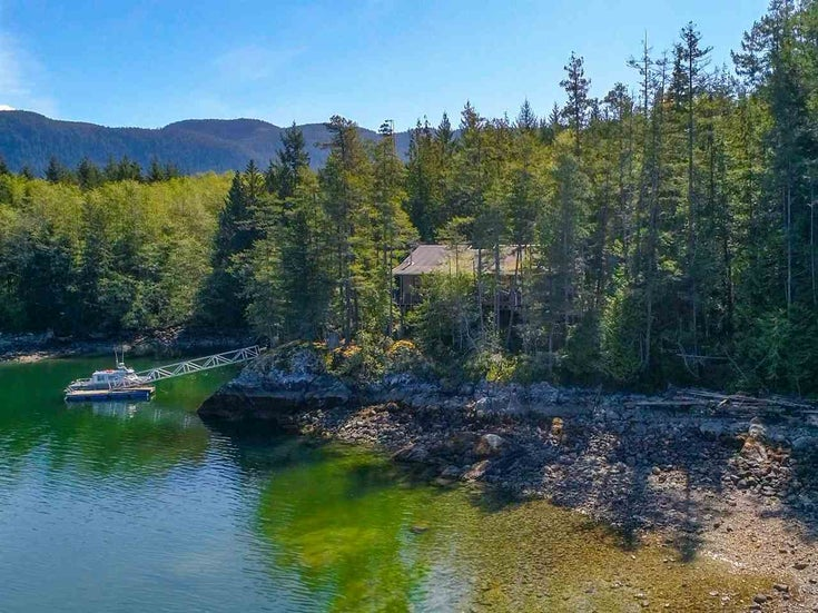 Lot 39 HARDY ISLAND - Pender Harbour Egmont House with Acreage for sale, 2 Bedrooms (R2365453)