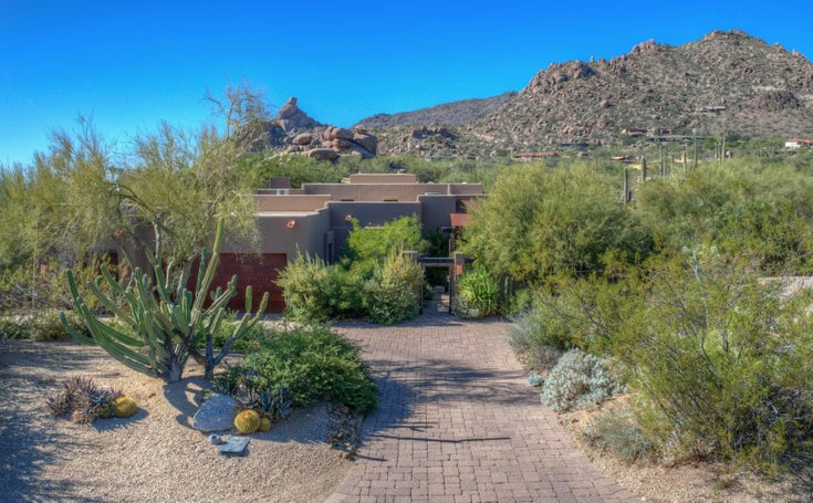 2206 N Sagebrush Ln N - Carefree House/Single Family for sale, 3 Bedrooms