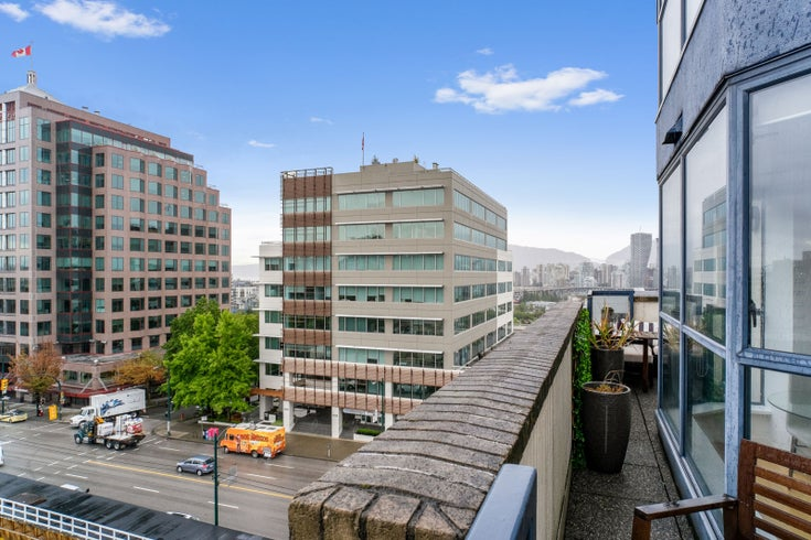 710 1268 W BROADWAY - Fairview VW Apartment/Condo for sale, 2 Bedrooms (R2490064)