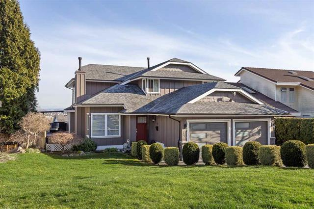 469 CARIBOO CRESCENT - Coquitlam East House/Single Family for sale, 5 Bedrooms (R2555467)