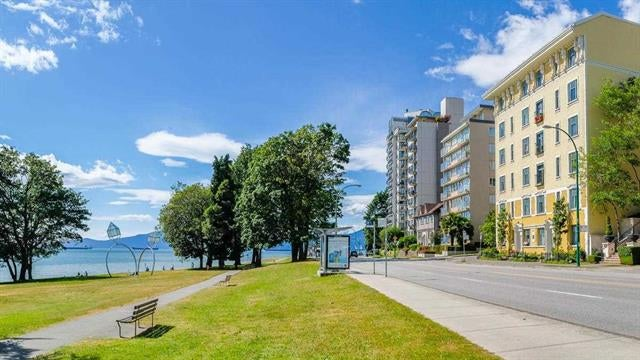 24 1386 NICOLA STREET - West End VW Apartment/Condo for sale, 3 Bedrooms (R2578242)
