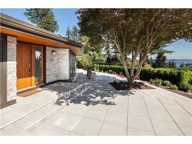 4107 Burkehill Avenue, West Vancouver - Bayridge House/Single Family for sale, 3 Bedrooms (V986086)