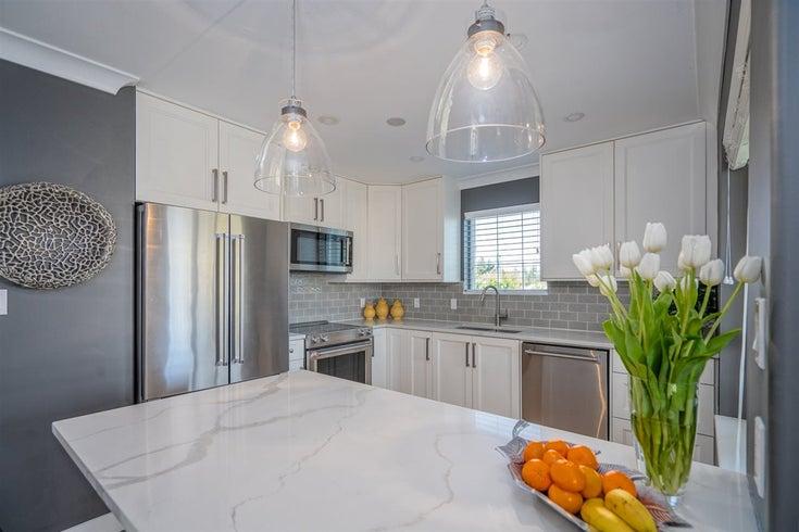 331 22020 49 AVENUE - Murrayville Apartment/Condo for sale, 2 Bedrooms (R2557551)