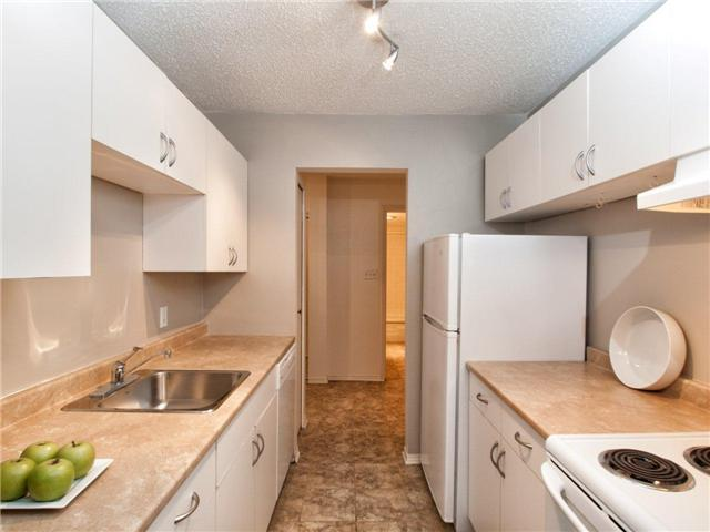# 302 236 W 2ND ST - Lower Lonsdale Apartment/Condo for sale, 1 Bedroom (V950368)