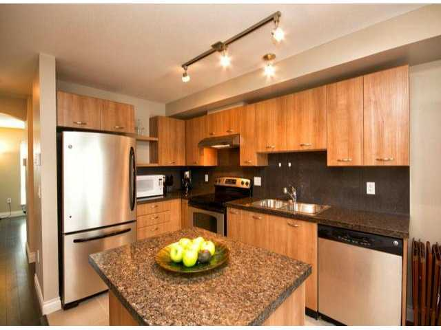 # 82 6671 121ST ST - West Newton Townhouse for sale, 3 Bedrooms (F1304168)