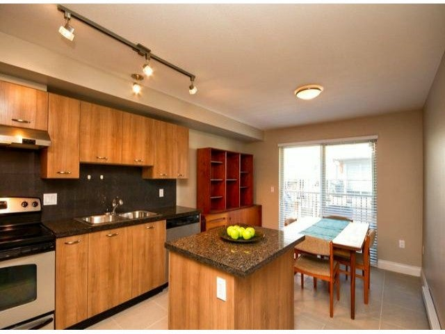 # 82 6671 121ST ST - West Newton Townhouse for sale, 3 Bedrooms (F1308393)