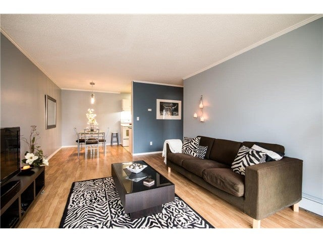 # 305 310 E 3RD ST - Lower Lonsdale Apartment/Condo for sale, 1 Bedroom (V1102936)