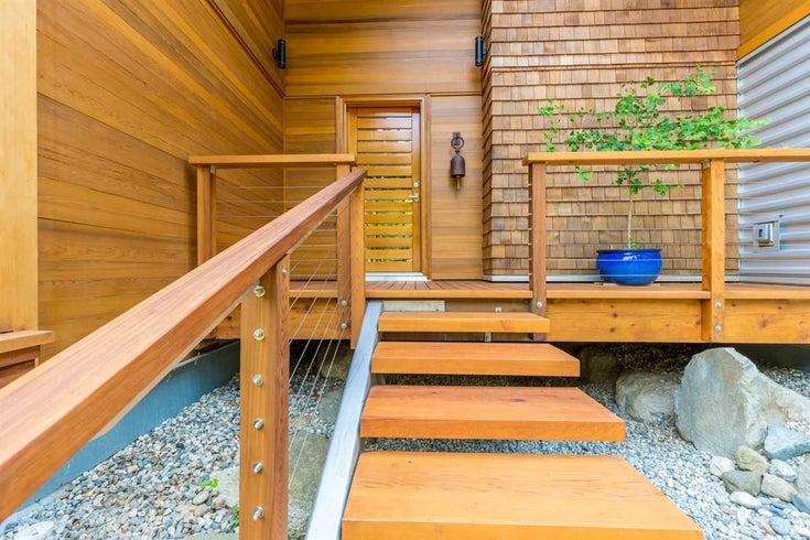 7754 Lohn Road - Halfmn Bay Secret Cv Redroofs House/Single Family for sale, 3 Bedrooms