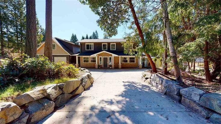 8085 Wildwood Road - Halfmn Bay Secret Cv Redroofs House/Single Family for sale, 6 Bedrooms (R2567620)