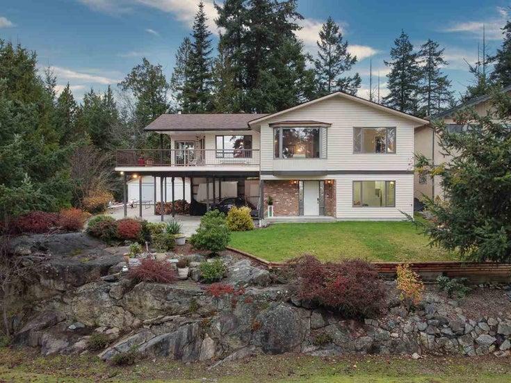 9212 Regal Road, Halfmoon Bay - Halfmn Bay Secret Cv Redroofs House/Single Family for sale, 3 Bedrooms (R2517246)