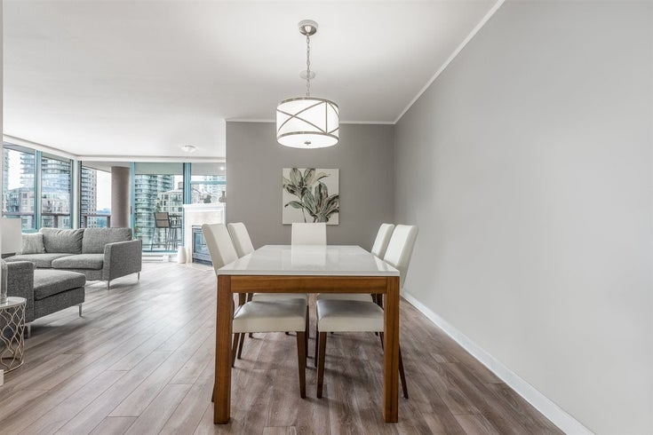 1001 98 TENTH STREET - Downtown NW Apartment/Condo for sale, 2 Bedrooms (R2467785)