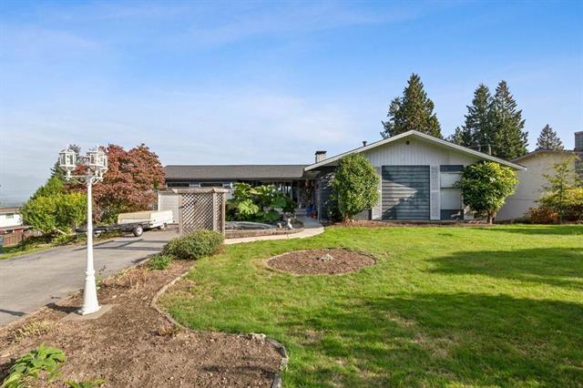 3053 Fleet Street, Coquitlam, V3C 3S1 - Ranch Park House/Single Family for sale, 4 Bedrooms (R2506629)