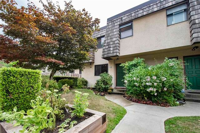 1116 Premier Street, North Vancouver - Lynnmour Townhouse for sale, 4 Bedrooms (R2610813)