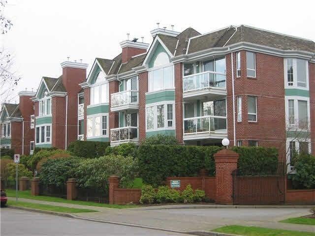 111 1695 AUGUSTA AVENUE - Simon Fraser Univer. Apartment/Condo for sale, 2 Bedrooms (R2198036)