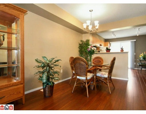 # 27 20560 66 AV - Willoughby Heights Townhouse for sale, 3 Bedrooms (F1002706) #2