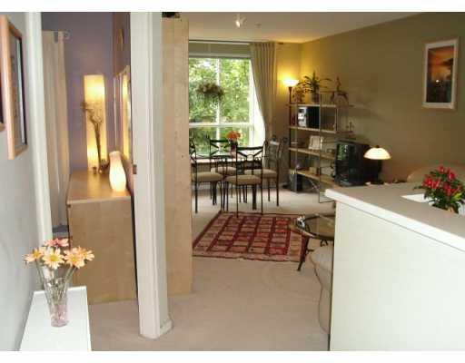 # 203 1111 LYNN VALLEY RD - Lynn Valley Apartment/Condo for sale, 1 Bedroom (V613439) #1