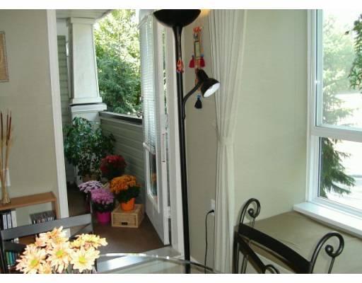# 203 1111 LYNN VALLEY RD - Lynn Valley Apartment/Condo for sale, 1 Bedroom (V613439) #2